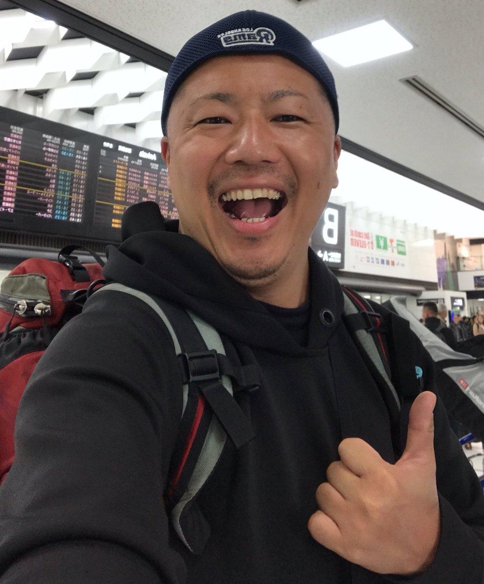 東松寛文(リーマントラベラー)の学歴と経歴!勤務先会社はどこ?