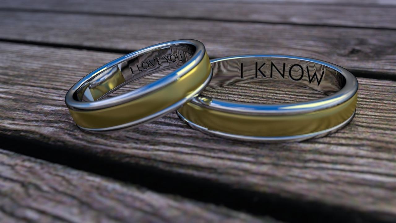 ぴろまるが指輪をはめてる理由は結婚?彼氏について調べてみた!